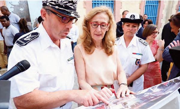 Nicole Belloubet en visite aux Antilles