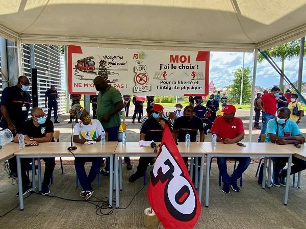 Pass sanitaire, obligation vaccinale : vent de contestation aux Antilles-Guyane